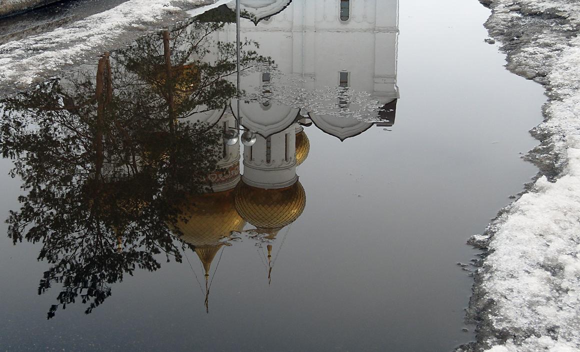 "фото ""Отражения апреля"" метки: город,"