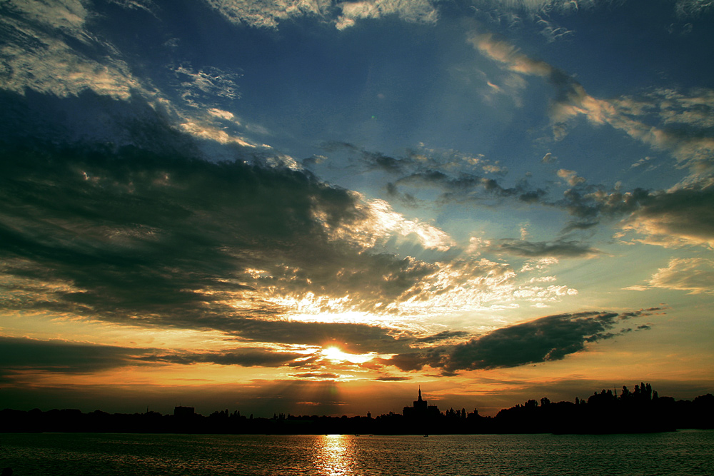 "photo ""***"" tags: landscape, Bucharest, clouds, lake, parks, sky, summer, sunset"