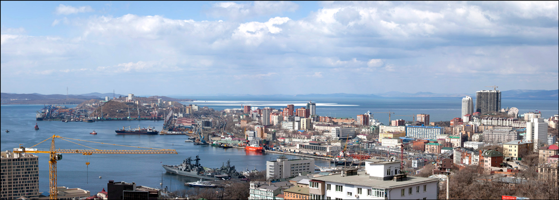 "photo ""***"" tags: landscape, city, panoramic, sea, spring, сопки"