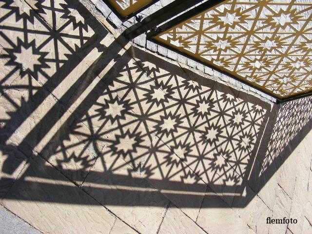 """фото """"Shadow"""" метки: , Europe"""