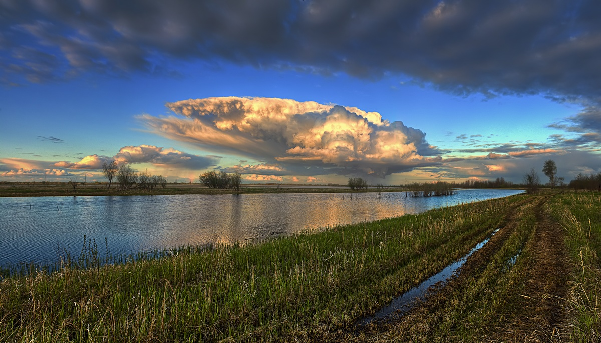 """photo """"***"""" tags: landscape, nature, clouds, evening, river, sky, spring, water"""