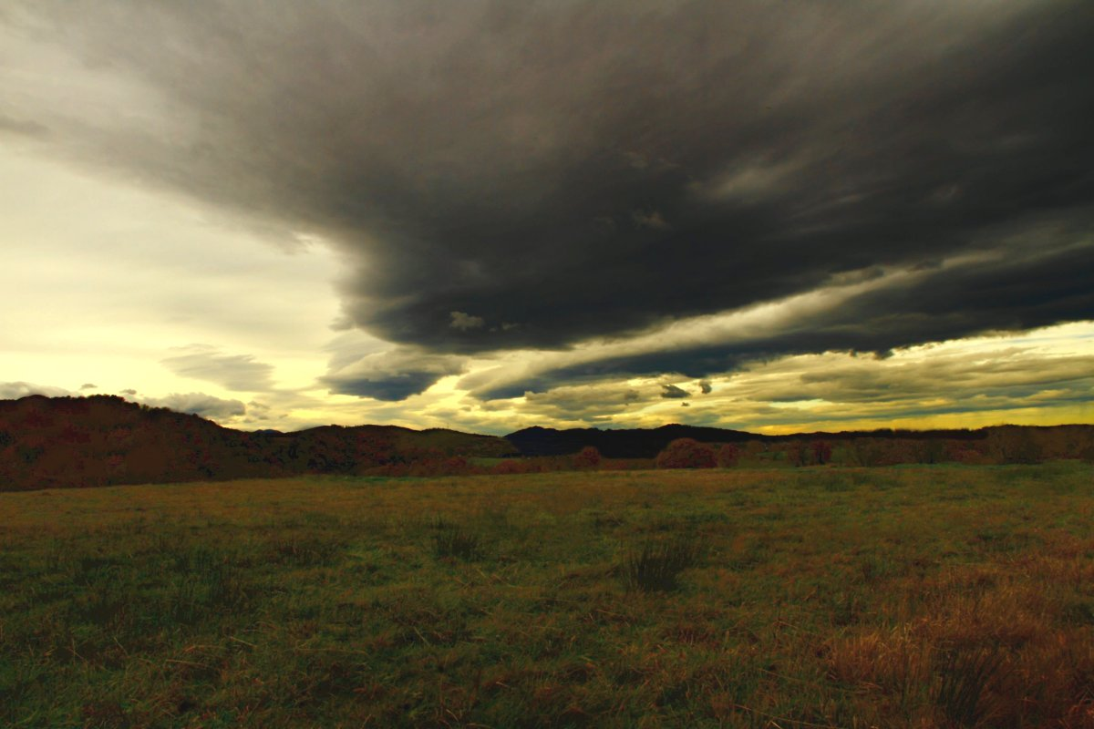 "photo ""orageux"" tags: landscape, Art, clouds, landscapes, mountains, sky"