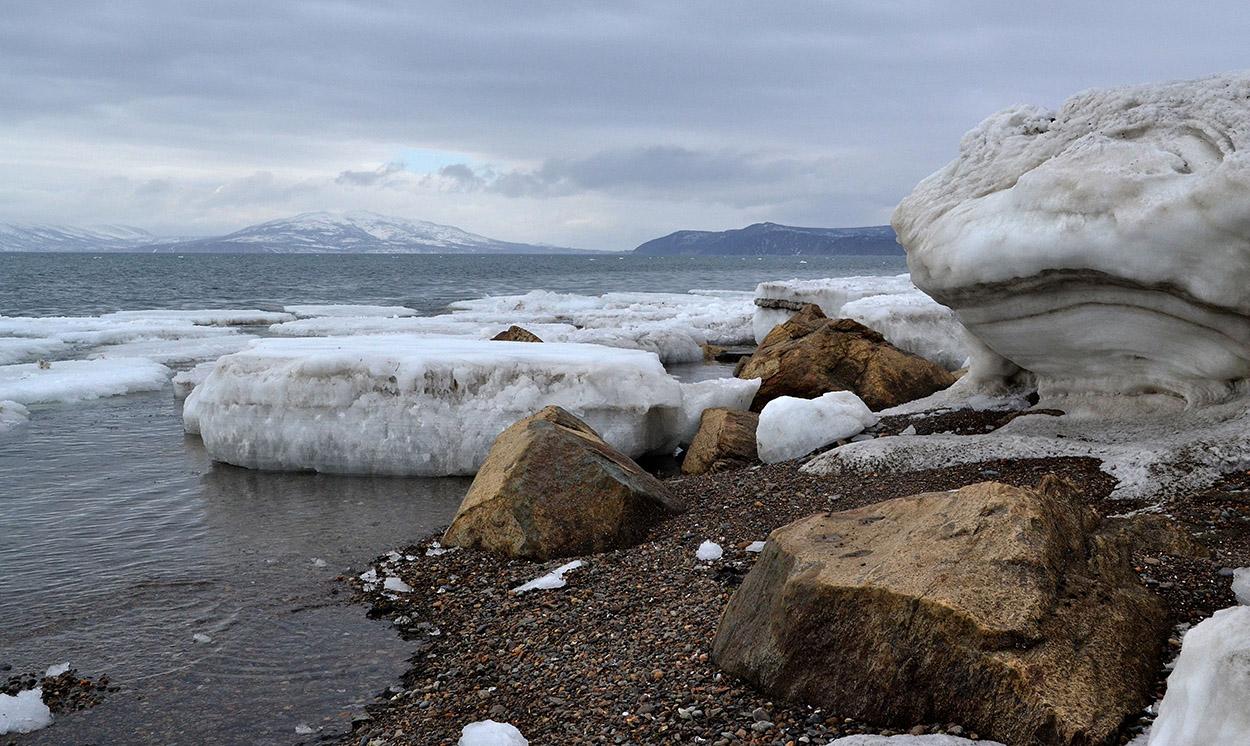 """фото """"Весенний берег"""" метки: пейзаж, лед, море, небо"""