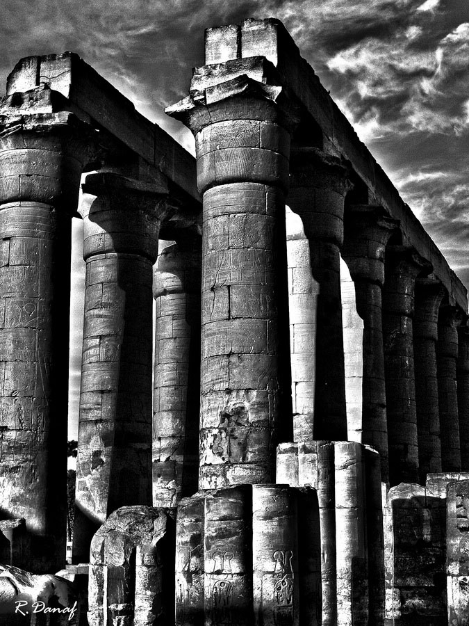 """photo """"Pillars"""" tags: travel, architecture, Africa, building"""