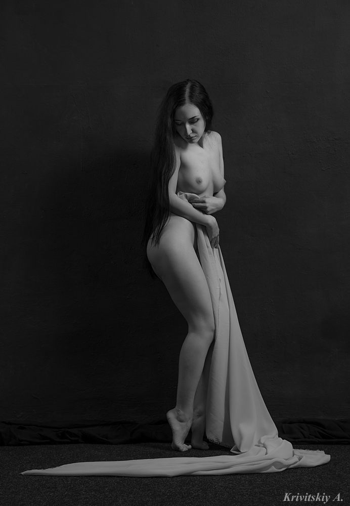 "photo ""Lucillia Eglantier"" tags: nude, black&white, Lucillia Eglantier, girls, woman, актриса, позы"