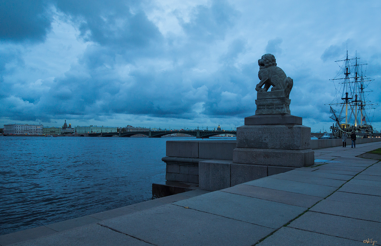 "photo ""***"" tags: architecture, landscape, city, autumn, clouds, river, water"