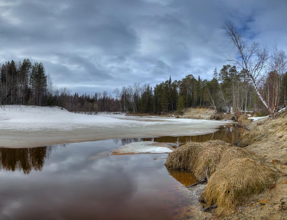"""фото """"Переменная облачность"""" метки: пейзаж, природа, весна, вода, лед, река, снег"""