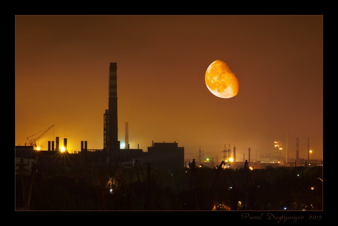 "photo ""Heavenly tangerine"" tags: landscape, Moon, night, промзона"