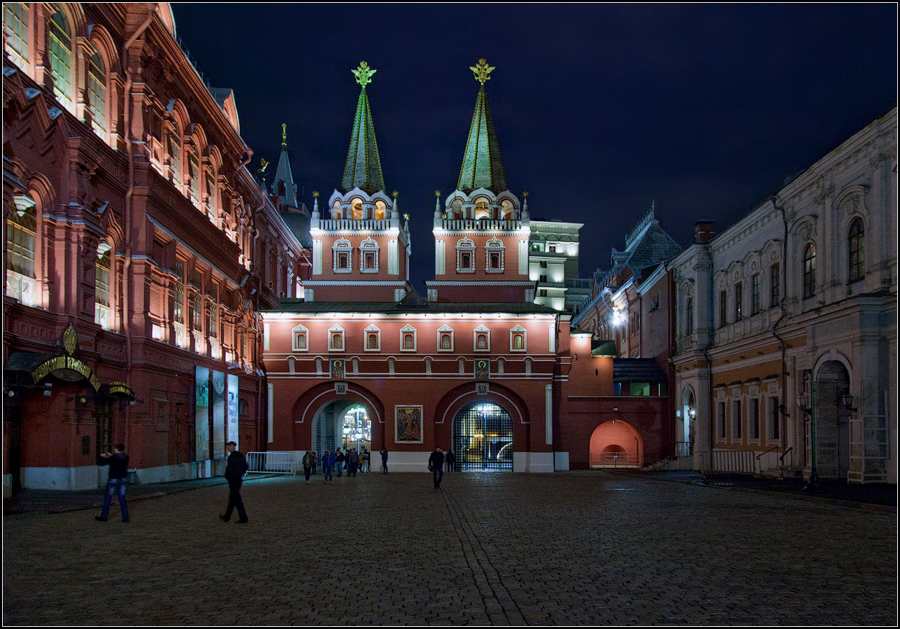"photo ""Moscow. Voskresensky gate"" tags: architecture, city,"