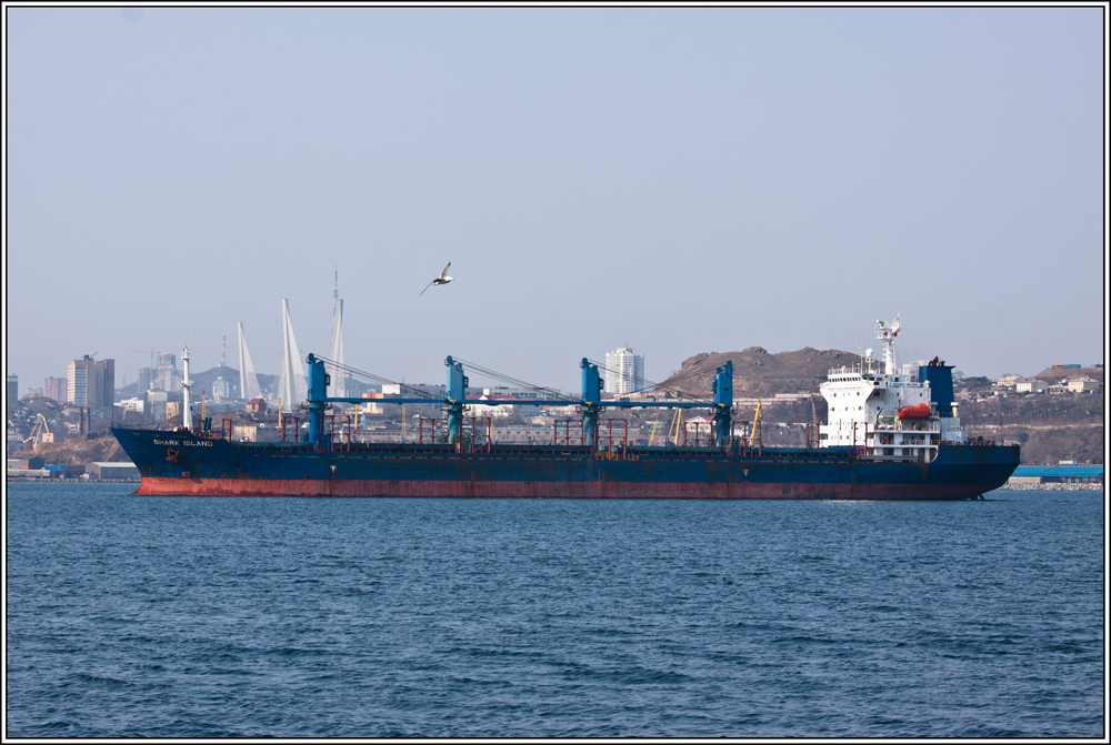 "photo ""***"" tags: landscape, city, sea, ship, spring"