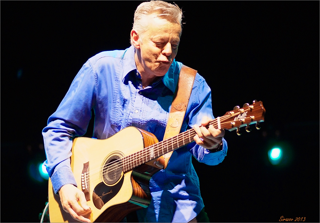 "photo ""Tommy Emmanuel"" tags: portrait, reporting,"