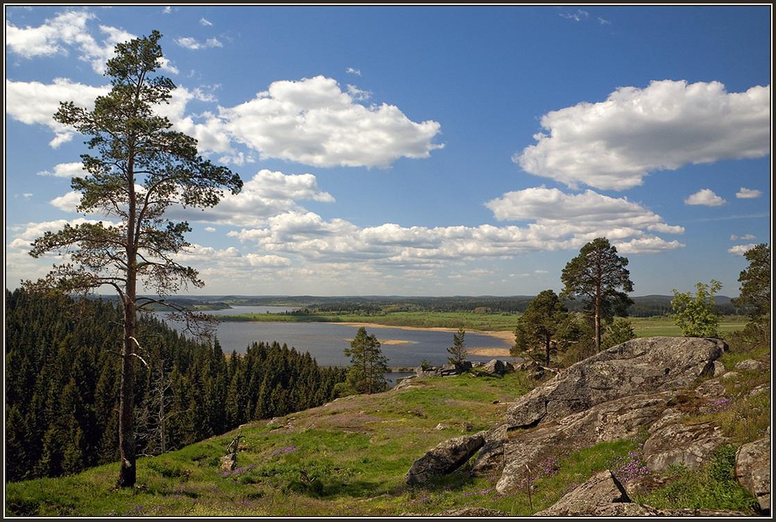 """фото """"Вид на озеро Кармаланъярви"""" метки: пейзаж, Карелия, горы, река"""