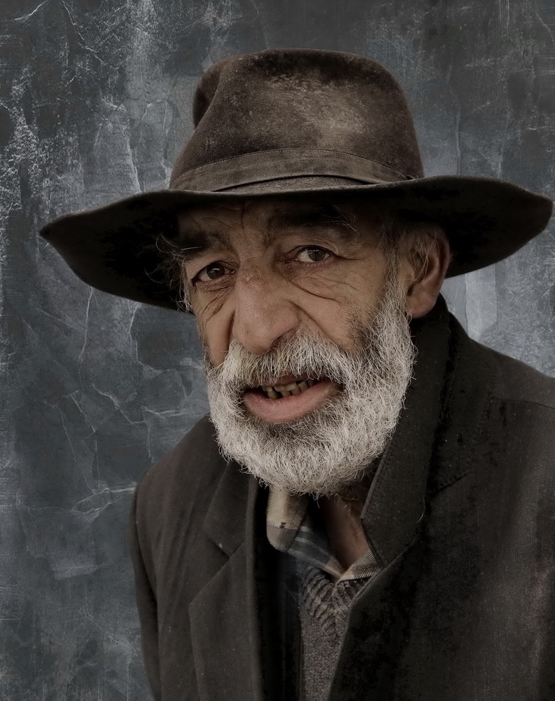 "photo ""Old gypsy man"" tags: portrait,"