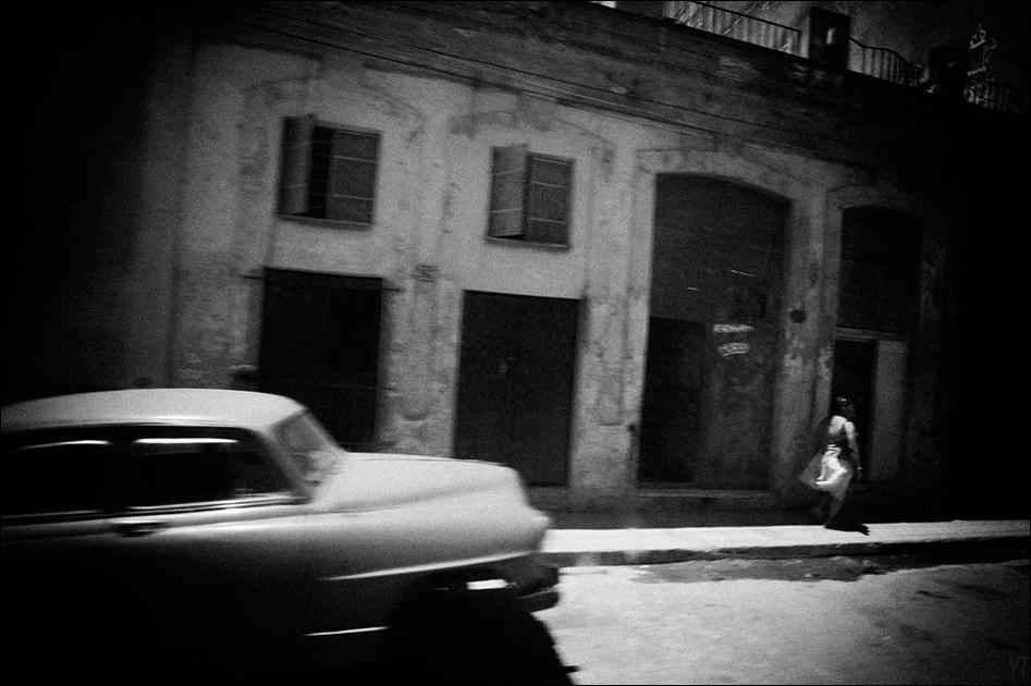 "photo ""***"" tags: street, travel, black&white,"