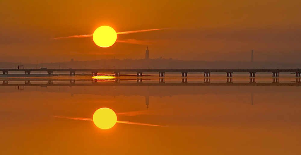 "photo ""Mirror Sunset"" tags: digital art, panoramic, nature, Europe, Tejo, portugal, summer"