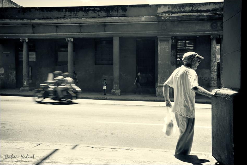 "фото ""***"" метки: стрит-фото, жанр, черно-белые,"