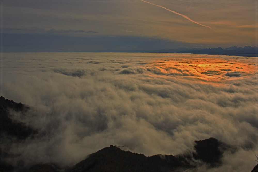 """photo """"***"""" tags: landscape, digital art, clouds"""