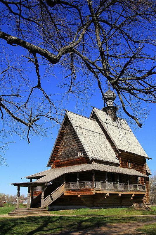 """фото """"Деревянная церковь"""" метки: архитектура, путешествия, деревянное зодчество, церковь"""