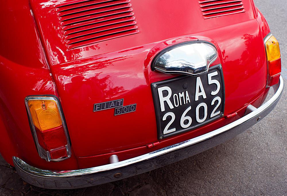 """photo """"Rome"""" tags: fragment, technics, Italy, Рим, Фиат-500"""