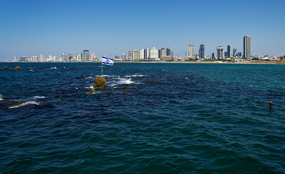 """photo """"***"""" tags: landscape, travel, Israel, Набережная, Средиземное море, Тель-Авив, сентябрь."""