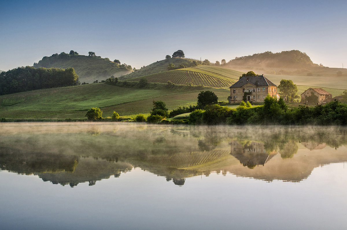 "photo ""Morning reflection"" tags: landscape, Pernica, Slovenia, Slovenija, clouds, evening, hill, lake, sky"