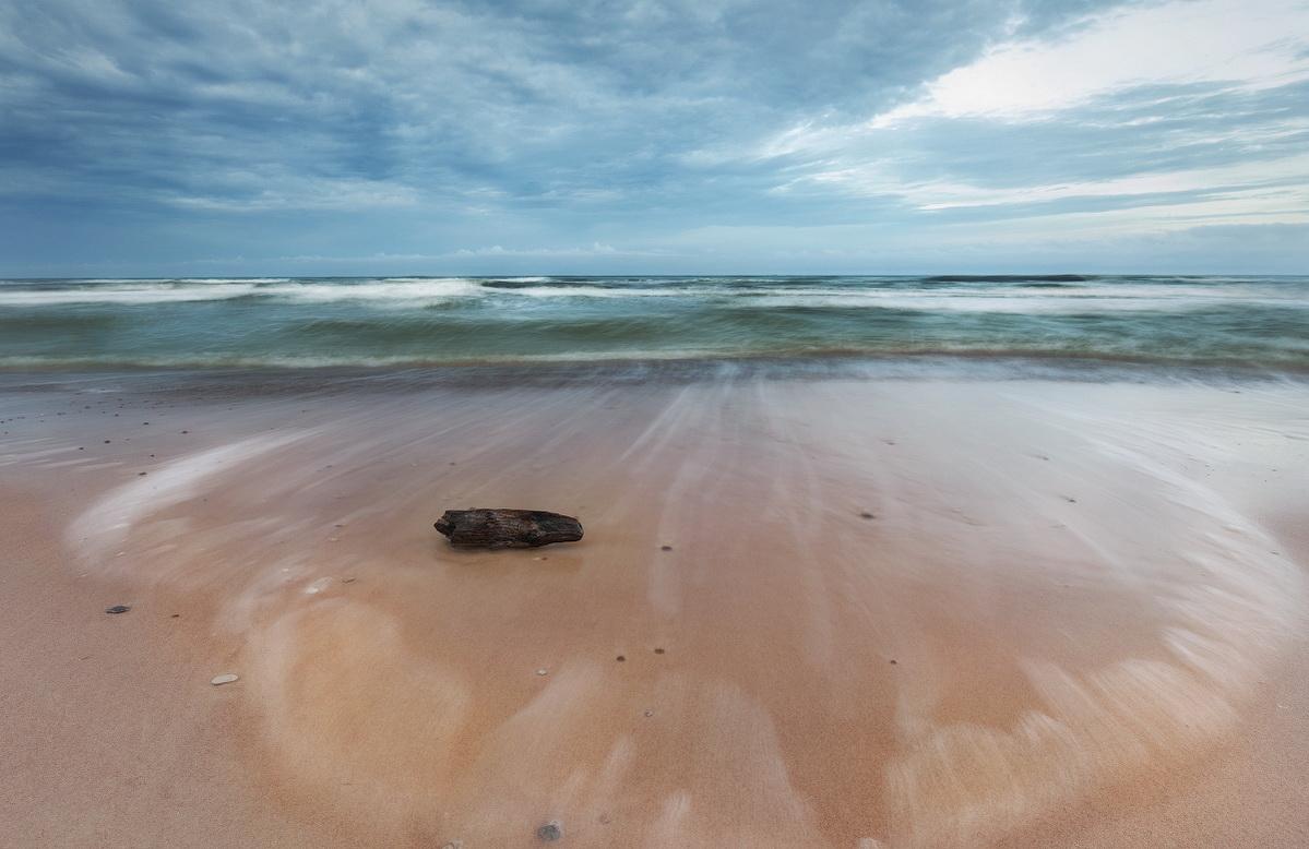 """фото """"Хмурое утро"""" метки: пейзаж, путешествия, природа, Балтика, море, пляж, утро"""