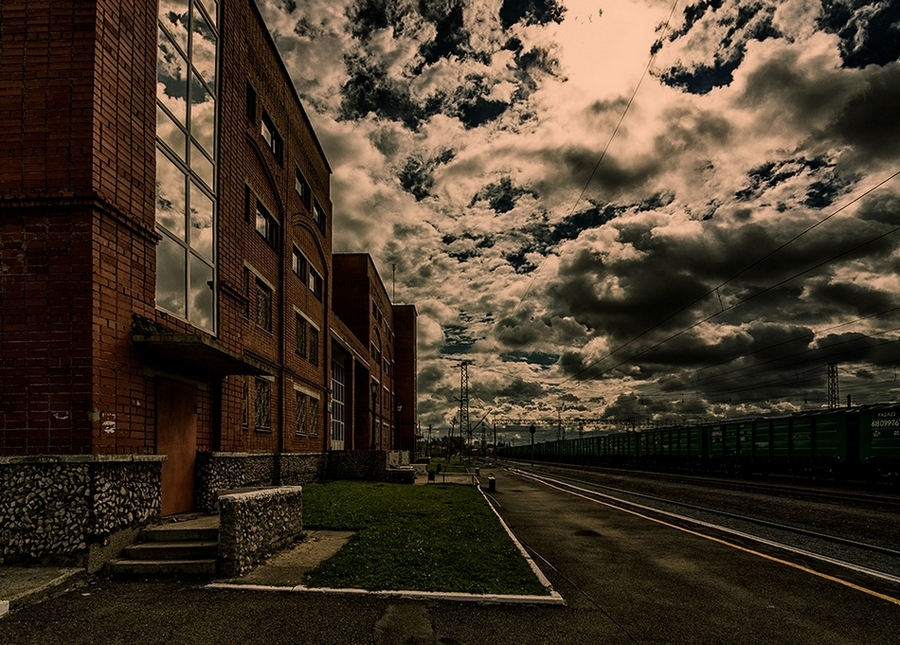 "фото ""Станция Смычка"" метки: путешествия, стрит-фото, город, Нижний Тагил, лето, облака"