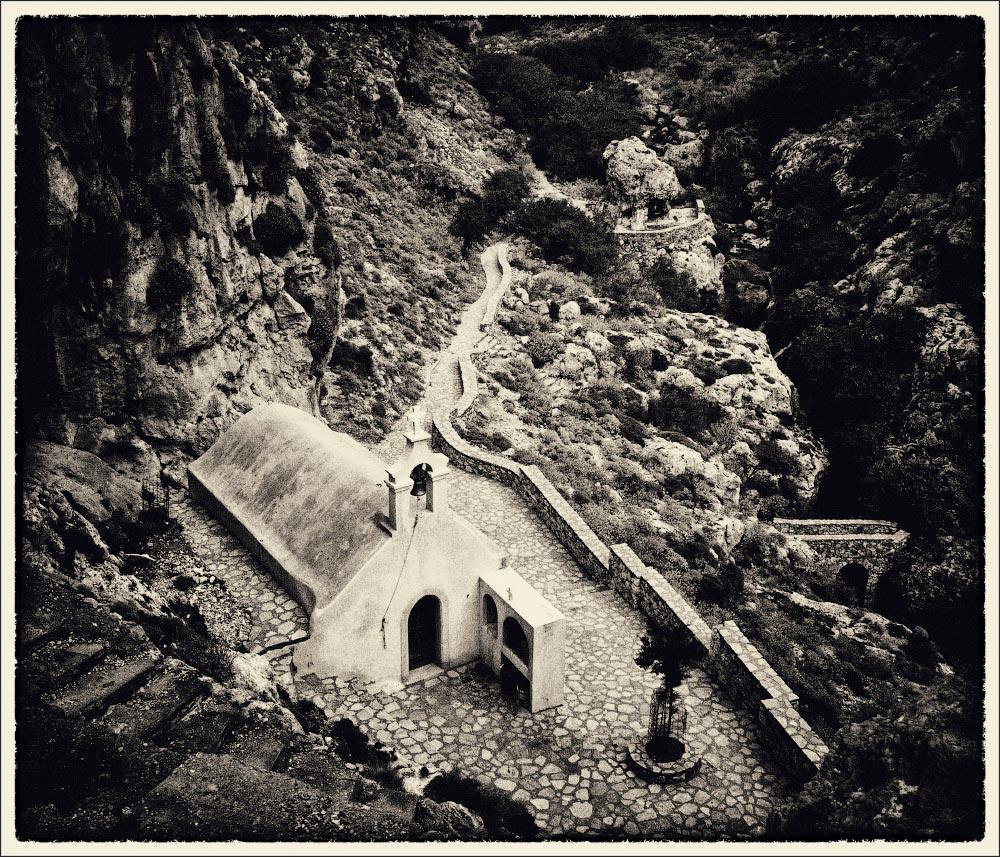 """фото """"The Chapel of Agios Nikolaos. Kourtaliotiko Gorge. Crete."""" метки: путешествия, Crete, Крит"""