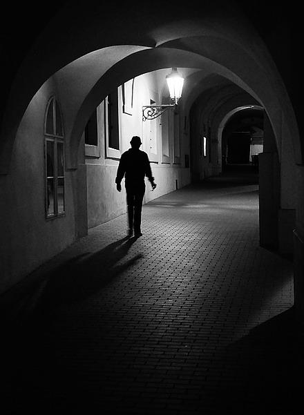 """фото """"Hочной аркада и фигура"""" метки: черно-белые,"""