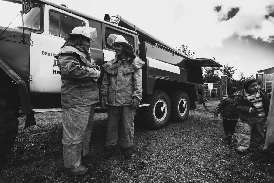 """фото """"Пожарные"""" метки: репортаж, черно-белые, разное,"""