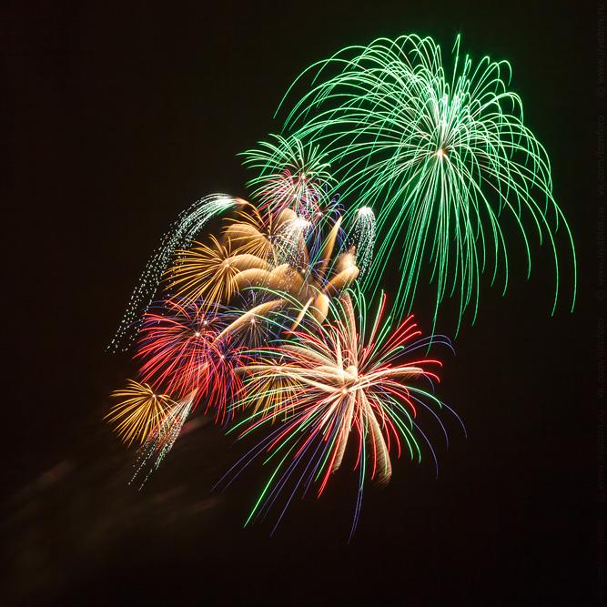 """фото """"Фейерверк"""" метки: репортаж, город, праздник, радость, салют, фейерверк, цвета"""