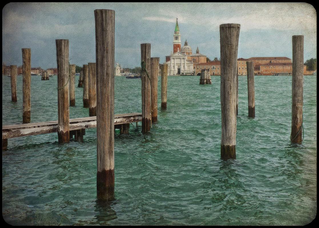 "photo ""***"" tags: city, travel, architecture, Italy, autumn"