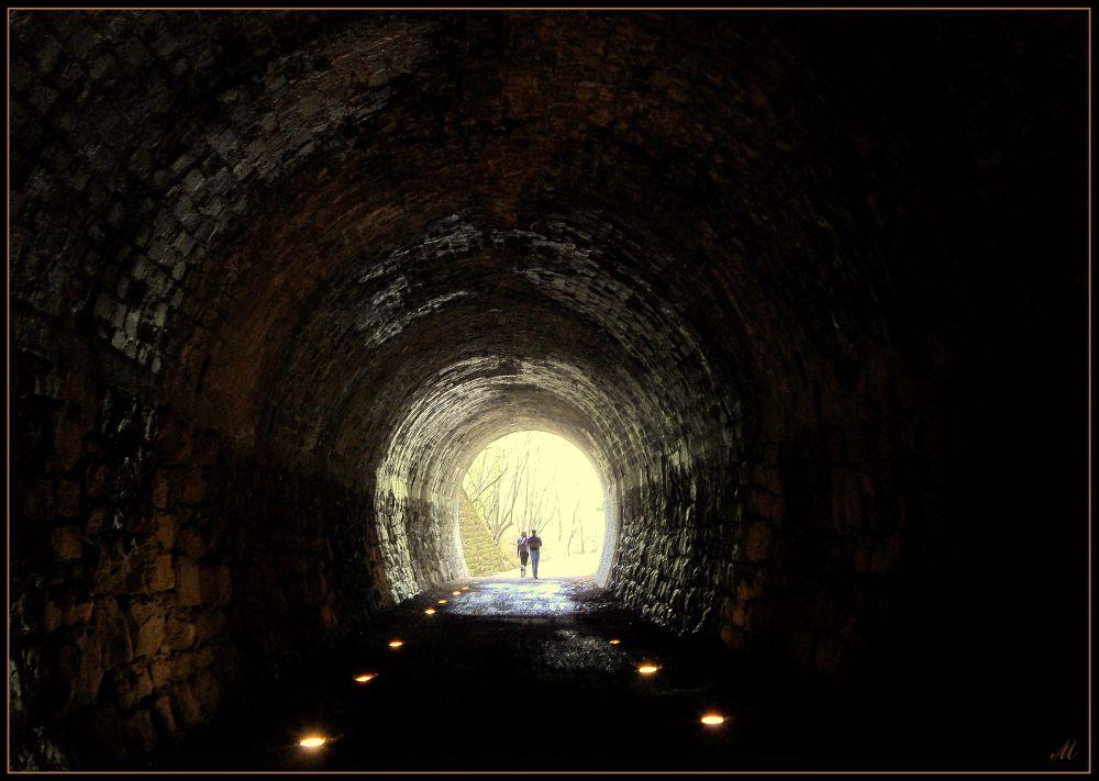 "фото ""Light at end of tunnel"" метки: жанр, стрит-фото, разное,"