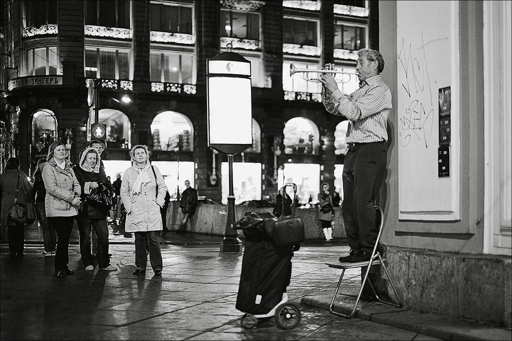 "фото ""О талантах и поклонниках."" метки: жанр, Жанр, Санкт- петербург, уличное фото"