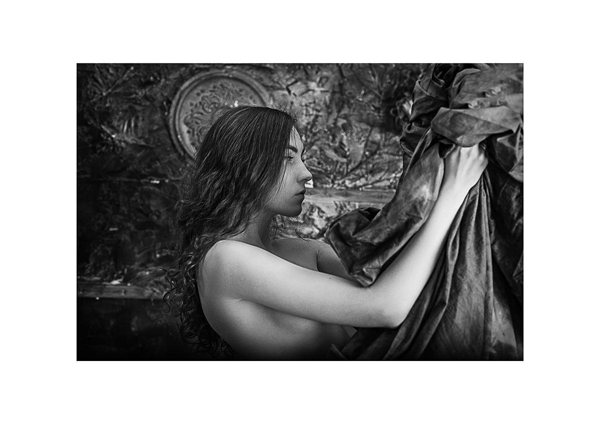 """фото """"Русалка"""" метки: портрет, ню, вода, девушка, корабль, чб, эротика, эротика девушка свет обработка"""