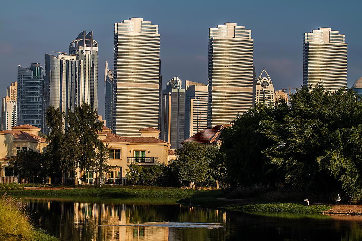 """photo """"Dubai"""" tags: architecture,"""