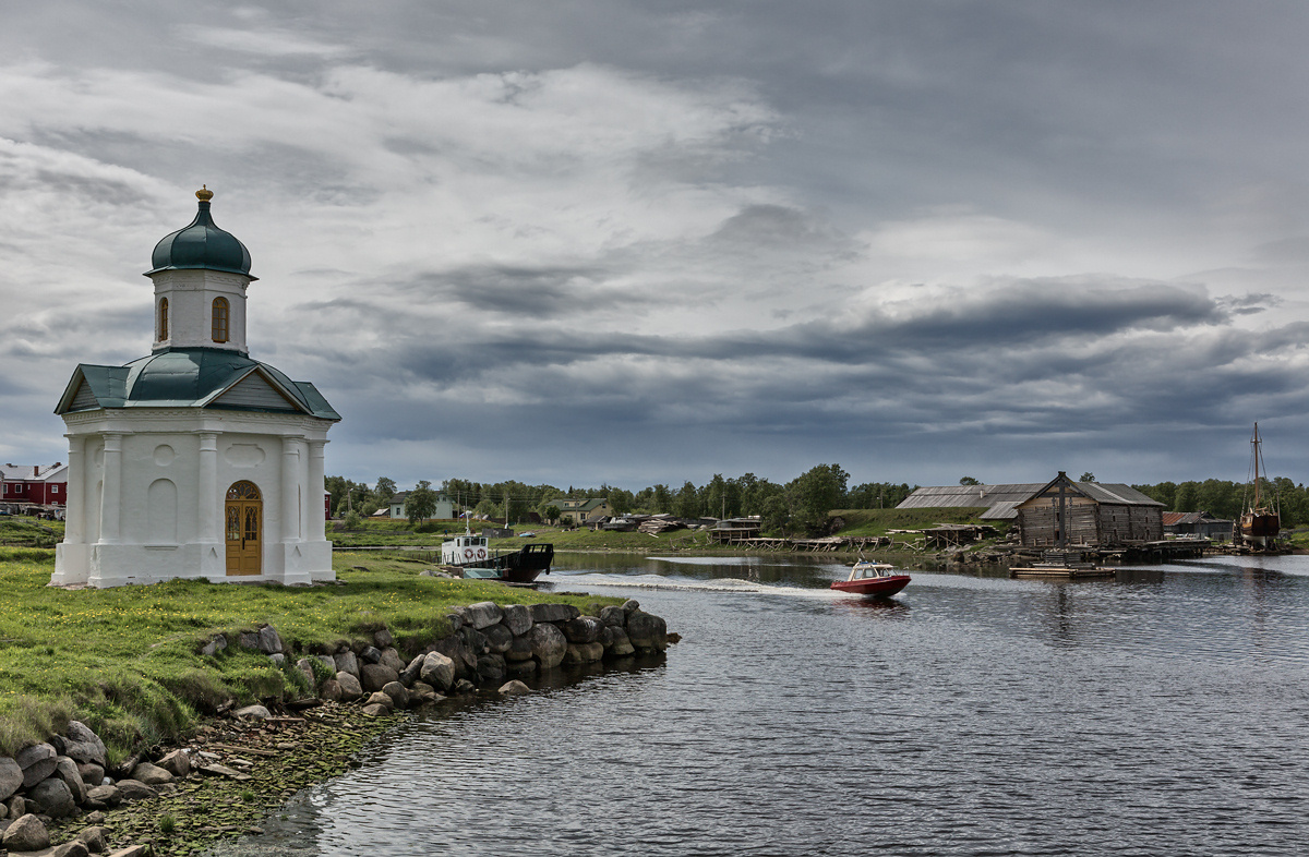 "photo ""The gray sky of the Solovetsky Islands"" tags: landscape, architecture,"