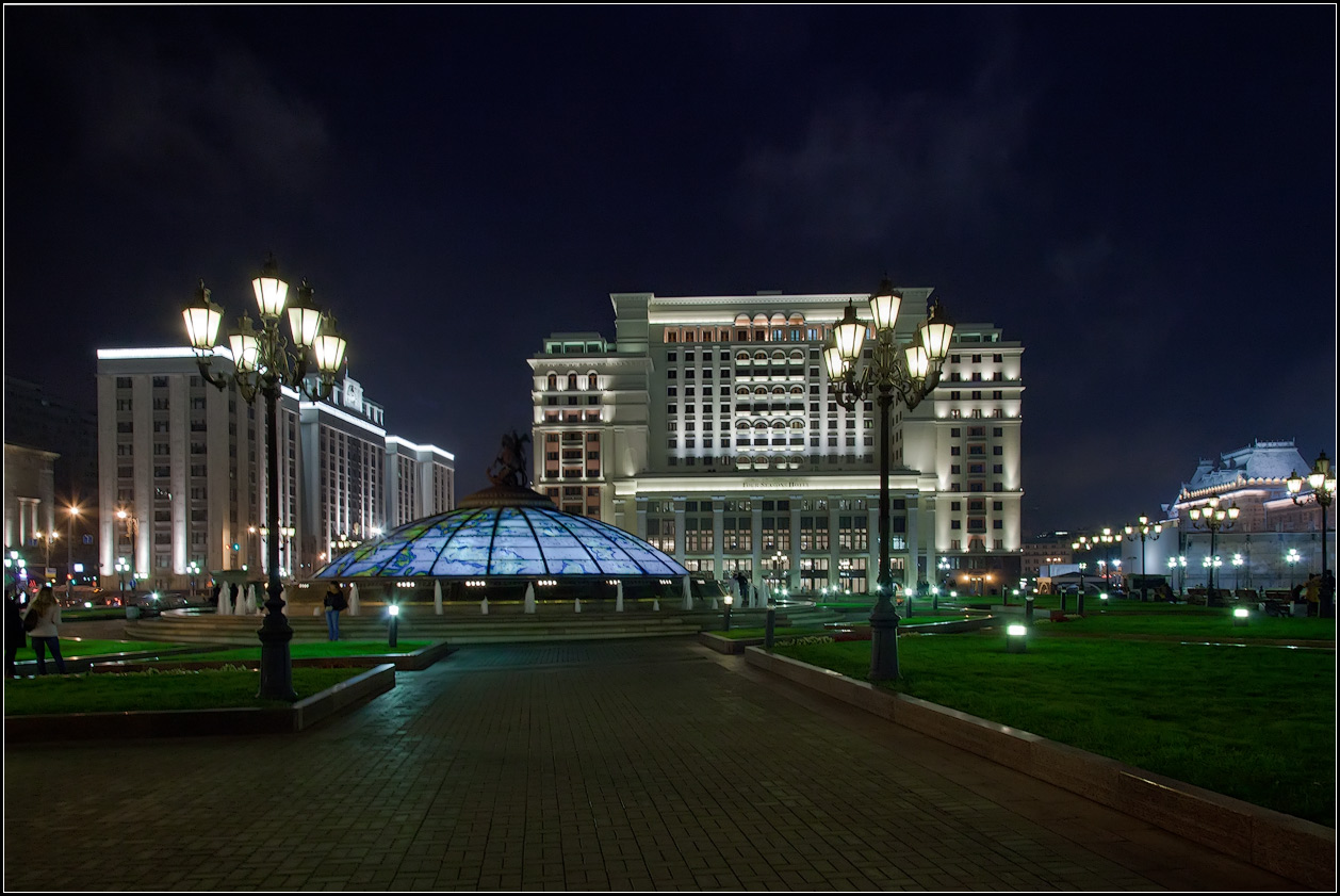 """photo """"night Moscow"""" tags: architecture, city,"""
