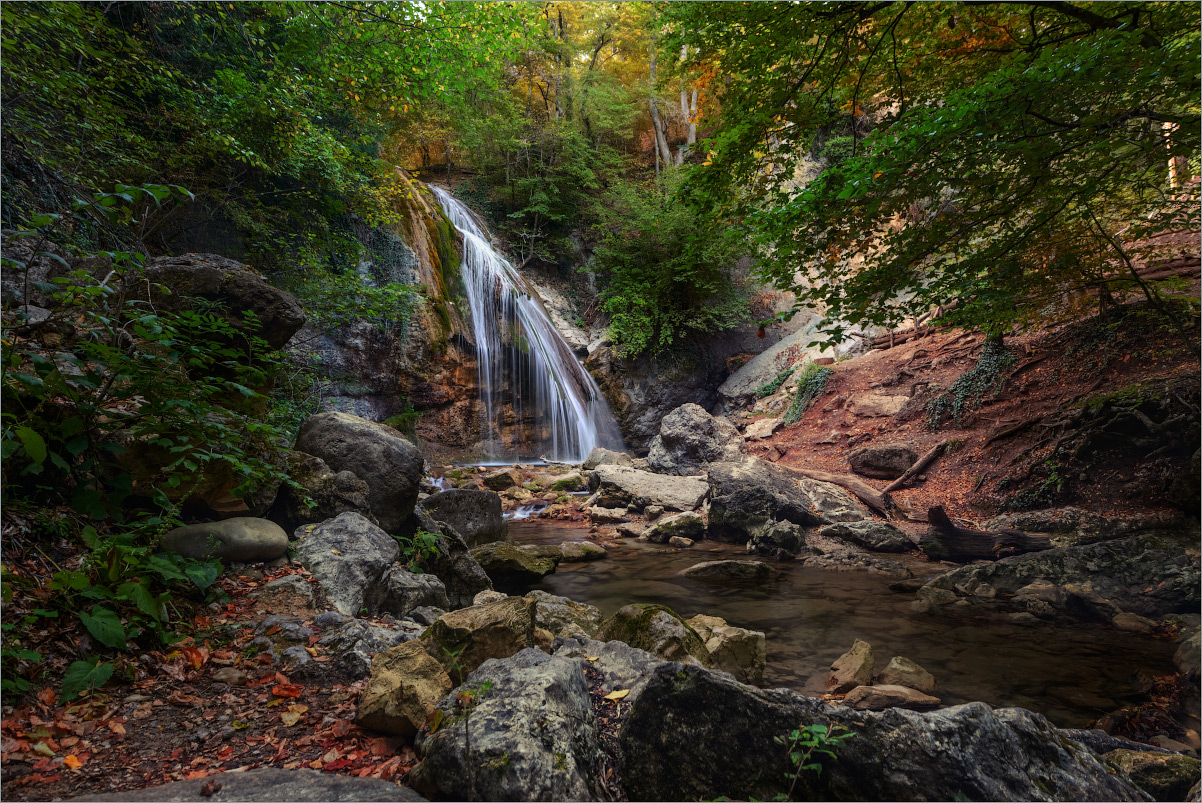 """photo """"***"""" tags: nature, landscape, travel, Crimea, Russia, autumn, forest, mountains, water, водопад"""