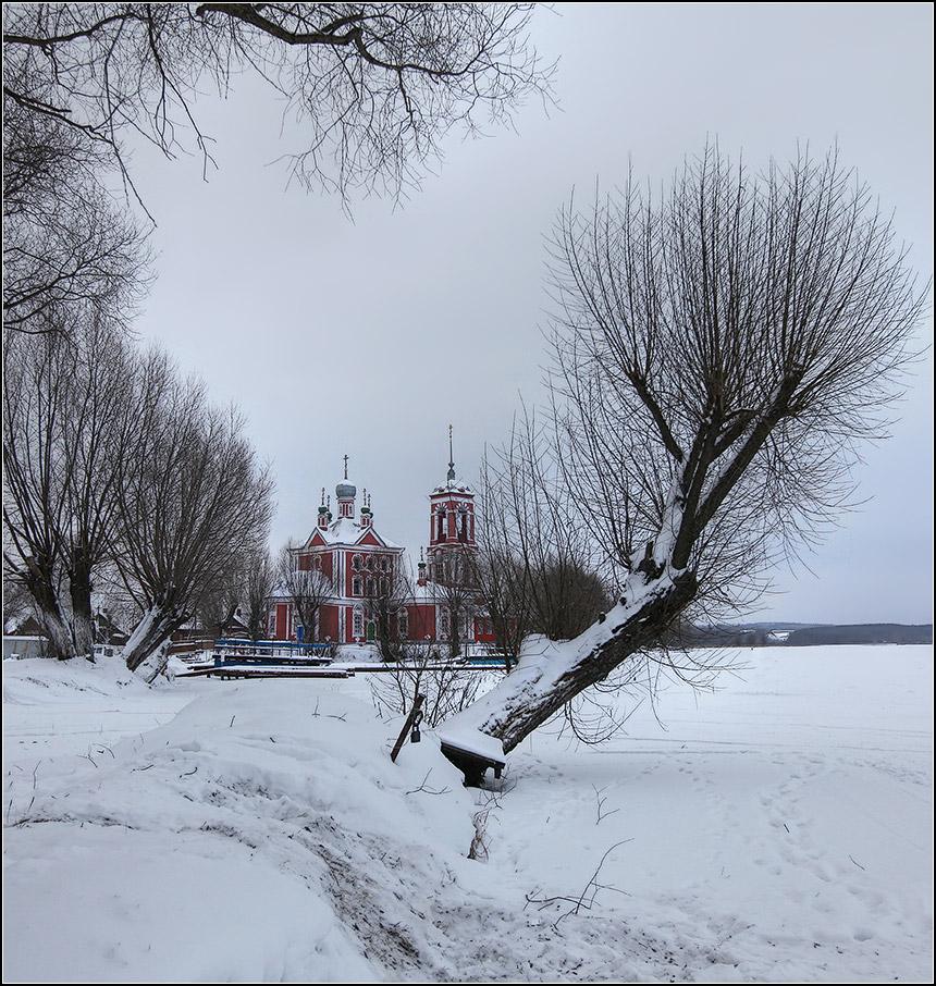 "photo ""winter"" tags: landscape, nature, architecture,"