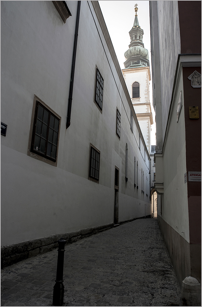 "photo ""Вена"" tags: street, city, genre,"