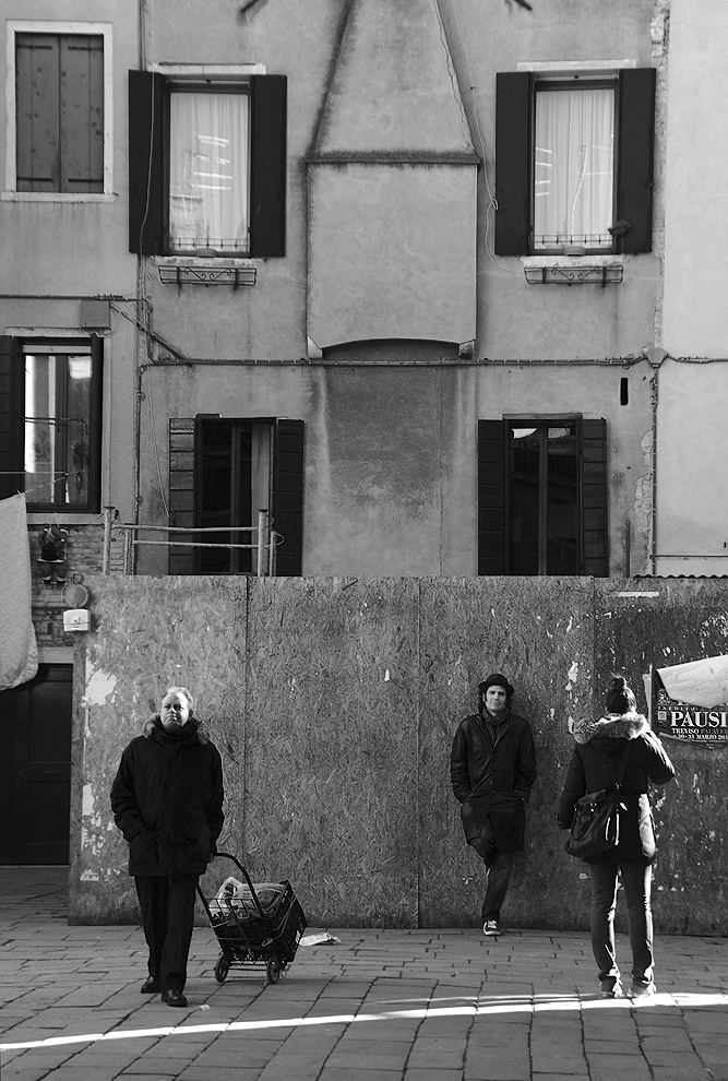 """photo """"The City and the Citizens"""" tags: street, genre, black&white,"""