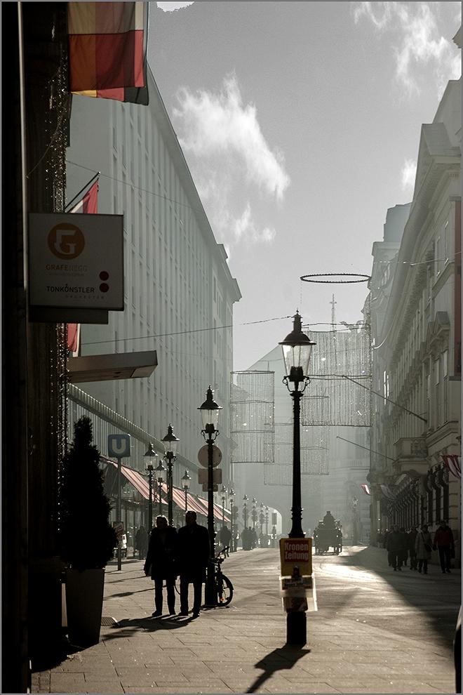 """photo """"Утренняя прогулка"""" tags: street, city, genre,"""