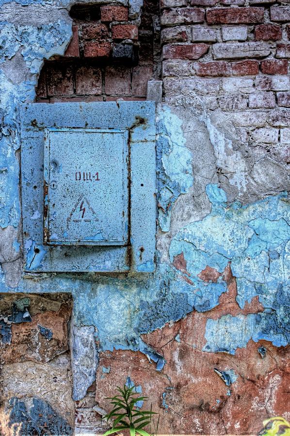 "photo ""texture"" tags: misc., interior, macro and close-up, апокалипсис, время, кирпич, стена, текстура, щиток"