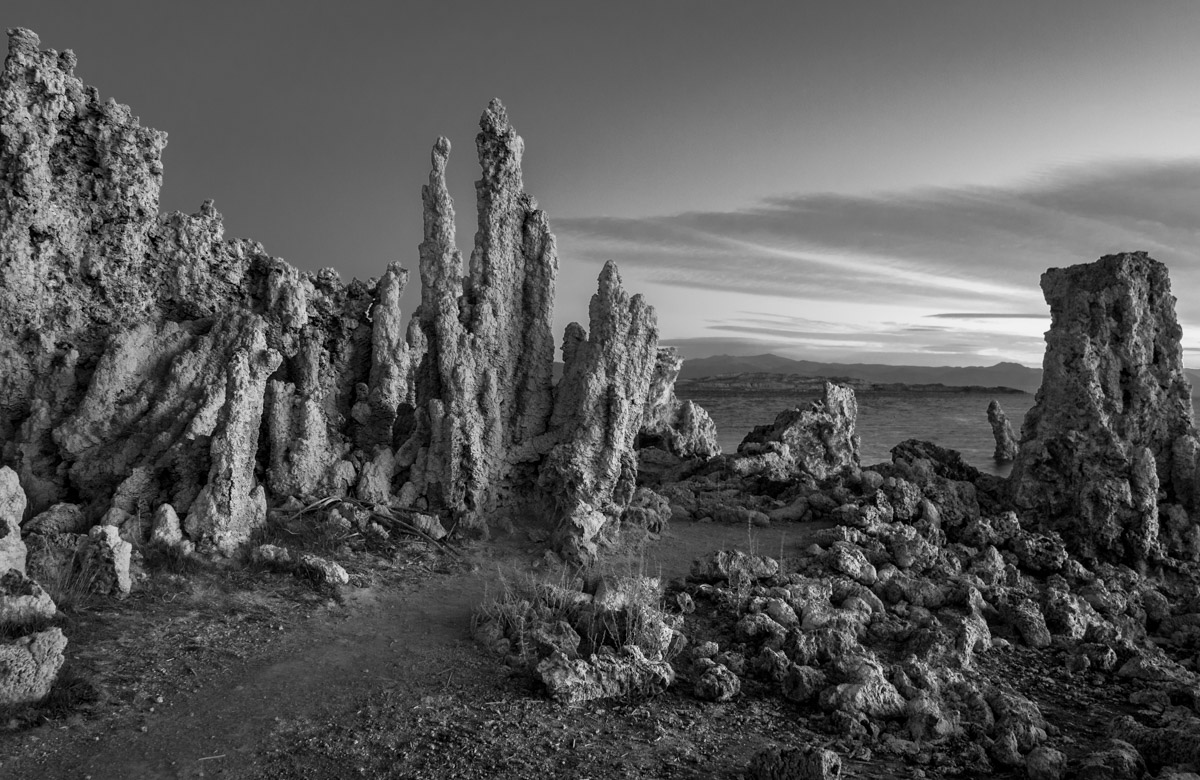 """photo """"Mono Lake Восход"""" tags: landscape, black&white,"""