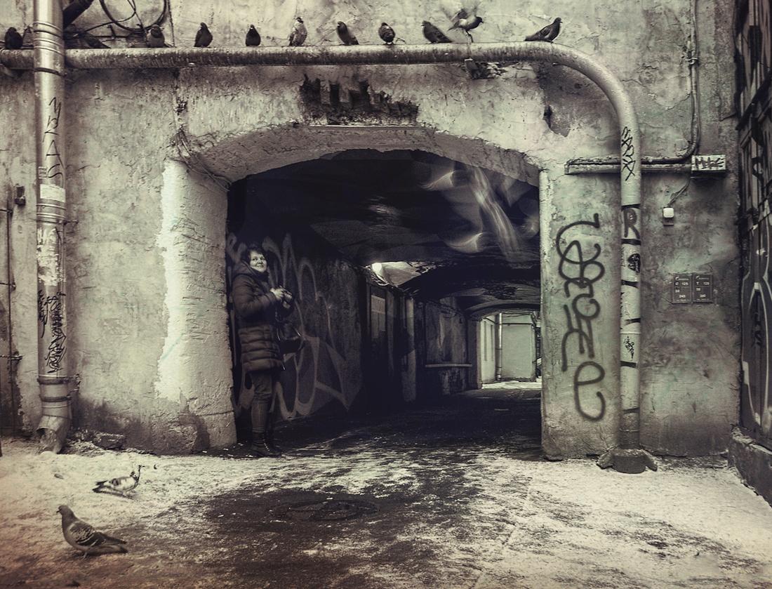 "photo ""Wings"" tags: city, street, black&white, Петербург, дворы и подворотни"