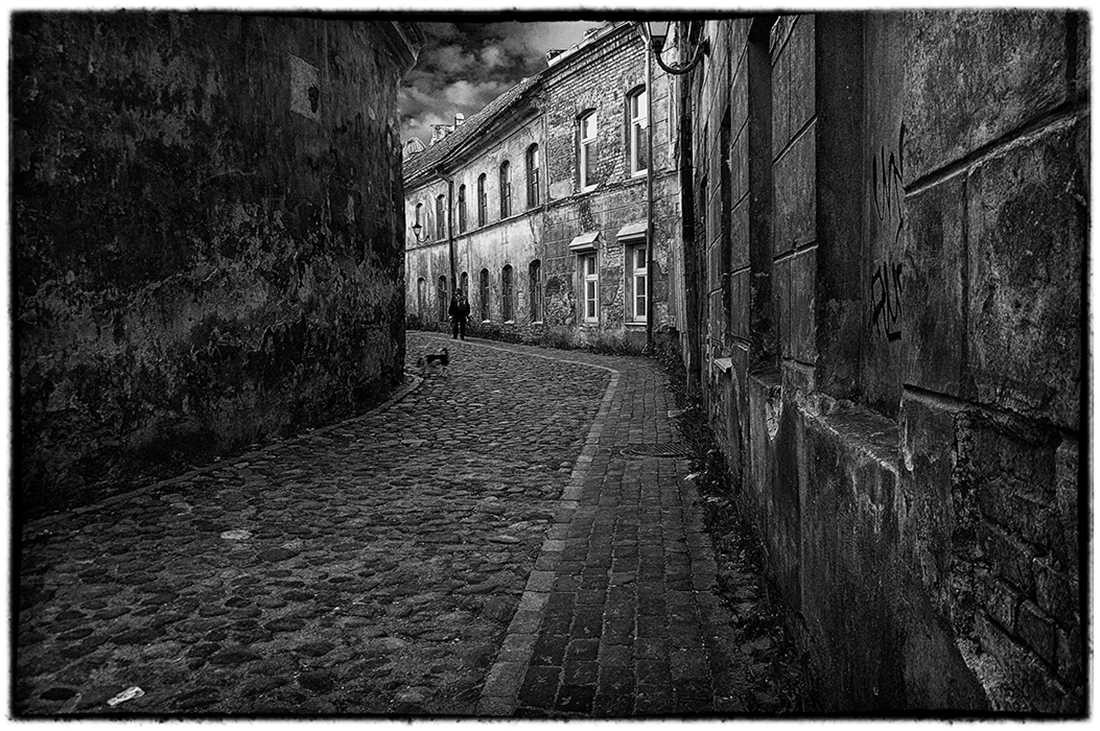 "photo ""Old Vilnius"" tags: travel, black&white, city, Вильнюс, Литва"