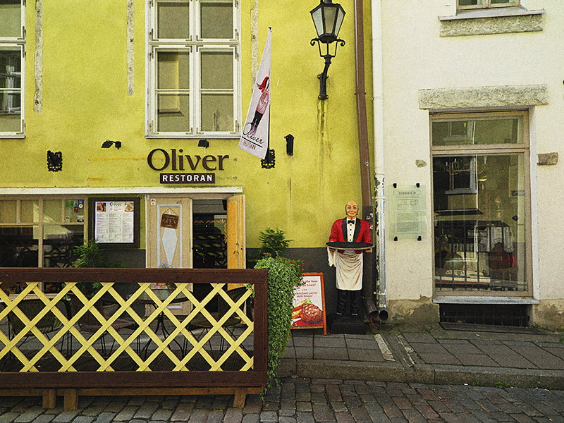 "photo ""Oliver"" tags: city,"