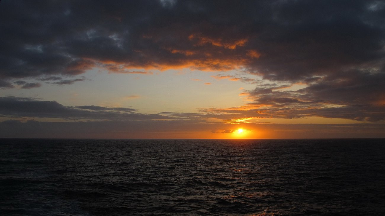 """photo """"Sunset in the ocean"""" tags: misc.,"""