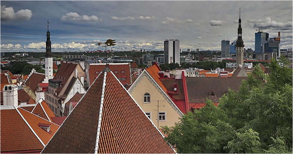 """photo """"Tallinn"""" tags: city,"""